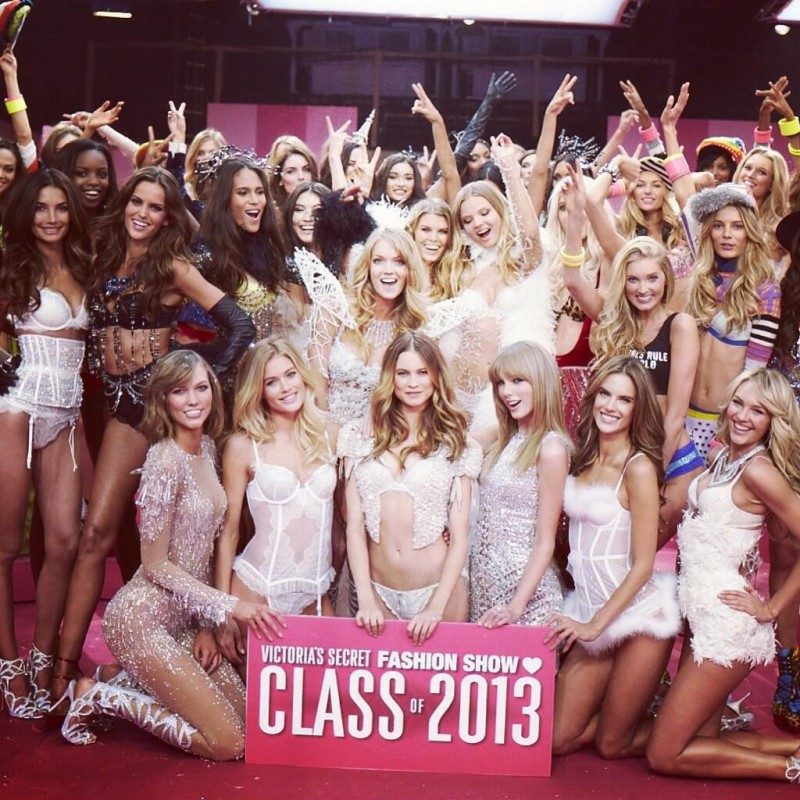 Check Out The Victoria's Secret Angels Singing Taylor Swift