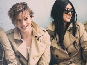 Jamie-Campbell-Bower-and-Neelam-Johan_behind-scenes_glamour_16dec13_Pr_b_639x426