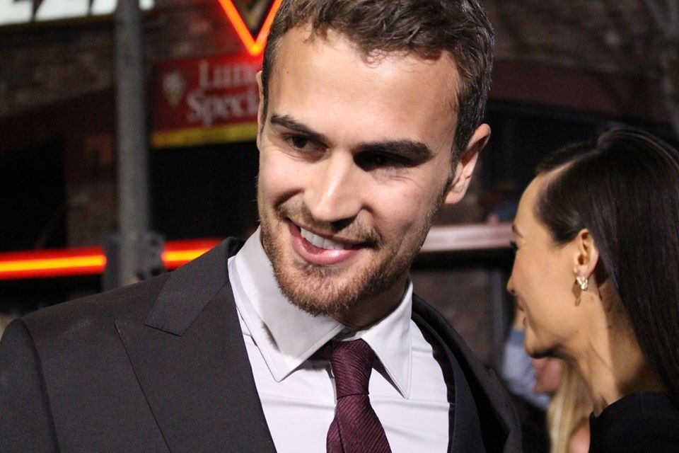 PHOTOS: Shailene Woodley, Theo James, Ellie Goulding & More at DIVERGENT World Premiere